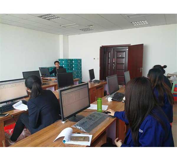 财务部组织开展系统培训为NC系统的全面应用做