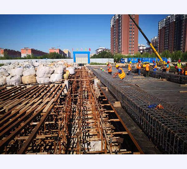 东光县建设大街宣惠河桥工程顺利推进